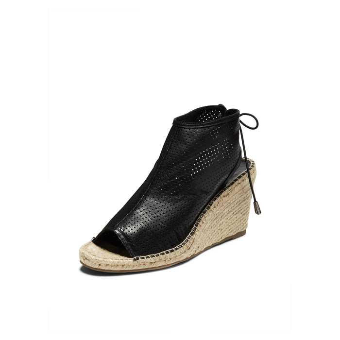 BLACK DKNY DIANE LACE UP BOOTIE Outlet Online