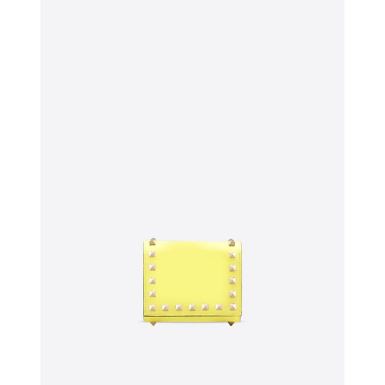VALENTINO ROCKSTUD TRIFOLD WALLET IW2P0455BOL N18 Outlet Online