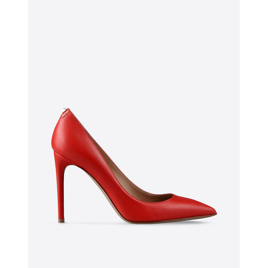 VALENTINO PUMP WITH STUD DETAIL IW2S0559VOTF28 Outlet Online